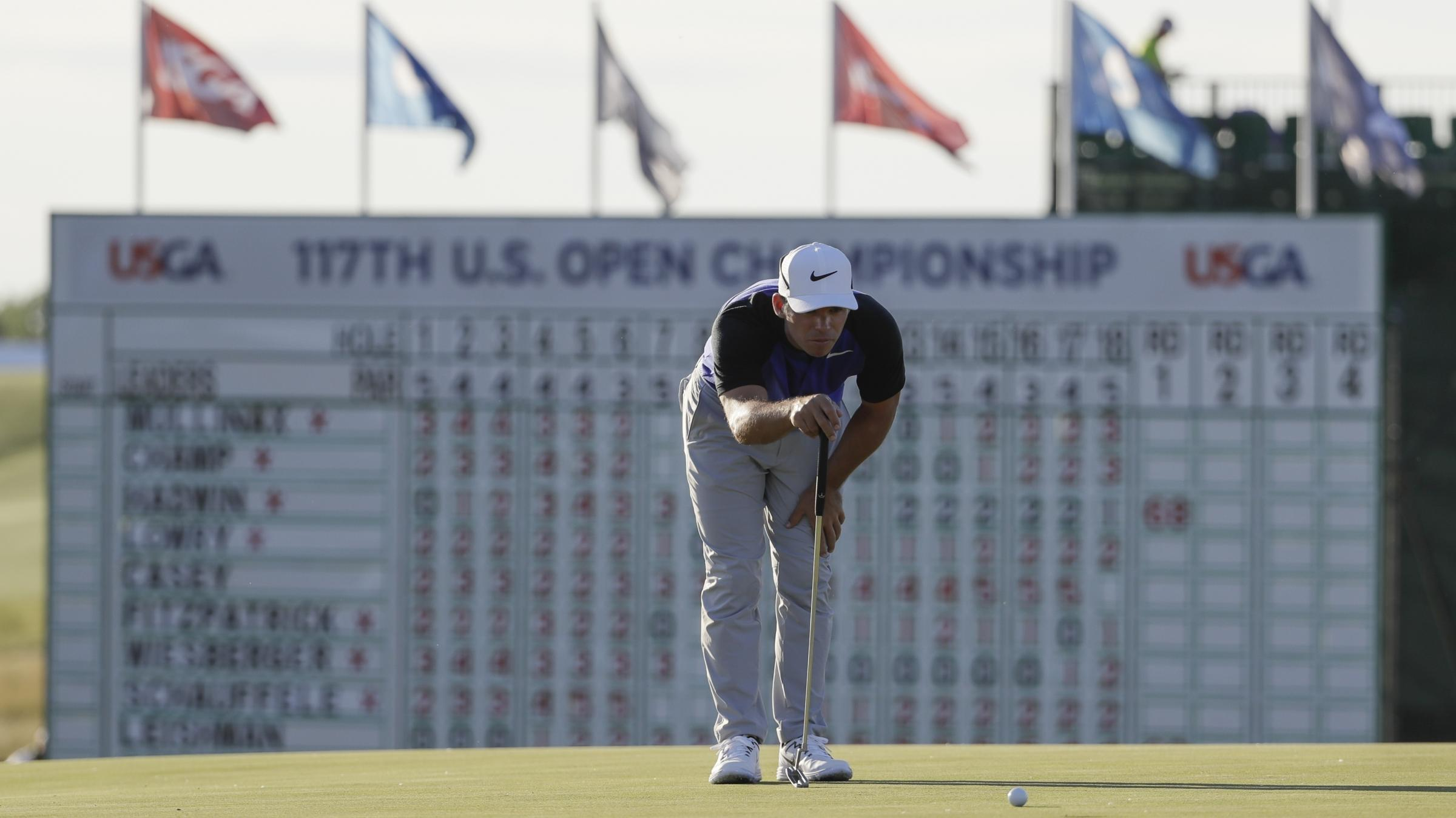 Record smashing Thomas grabs US Open lead